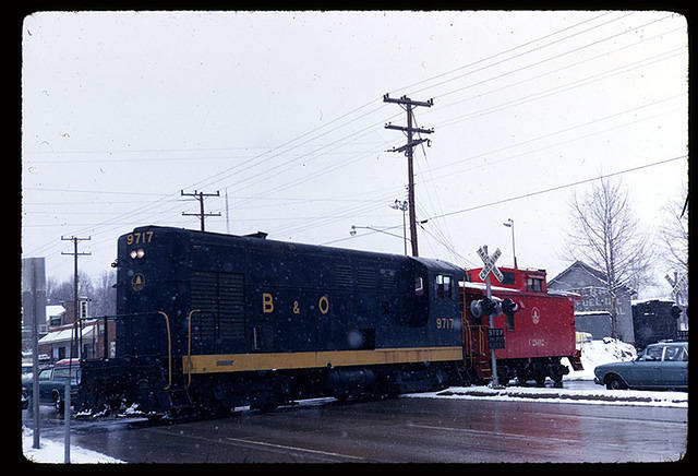 #9717 & C-2602 cross Conn. Av. westbound, Apr 1969